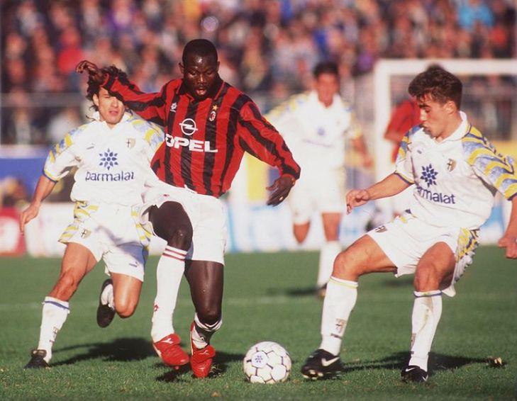 Serie_A_1995-96_-_Parma_vs_Milan_-_George_Weah_e_Fabio_Cannavaro